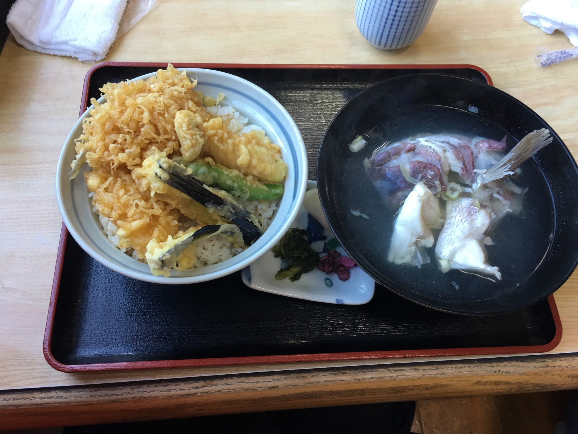 Tempura and rice with a bowl of fish soup.